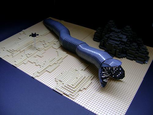 11 handmade dune sandworms hodderscape. Black Bedroom Furniture Sets. Home Design Ideas