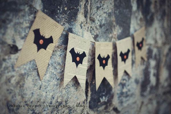 book bat bunting