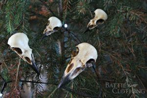 raven-skull-christmas-ornament